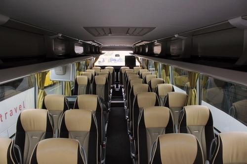 transports en autocars Voyages Aiglons
