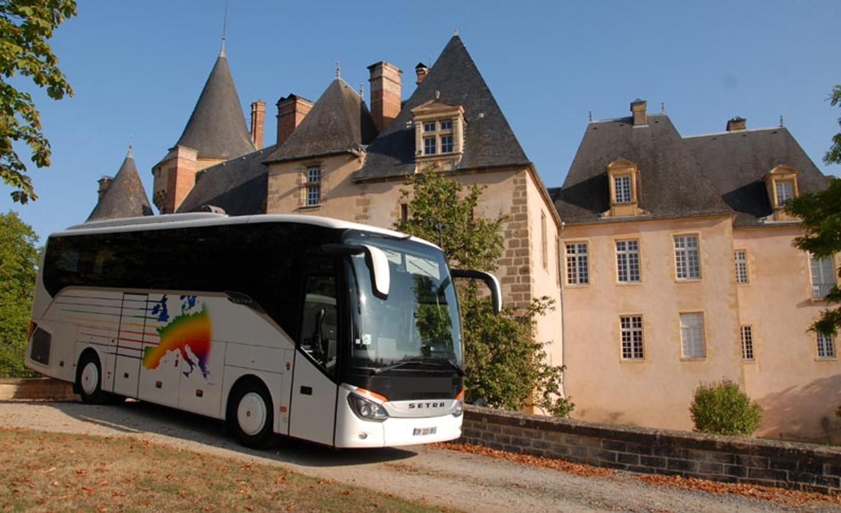 Transport en autocar :  Voyages Aiglons Organisateur de voyages